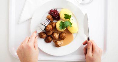 Chifteluţe suedeze ca la IKEA: Köttbullar – reţetă originală