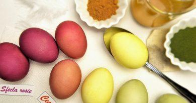 Ouă vopsite natural: Cum faci ouă de Paşte fără chimicale